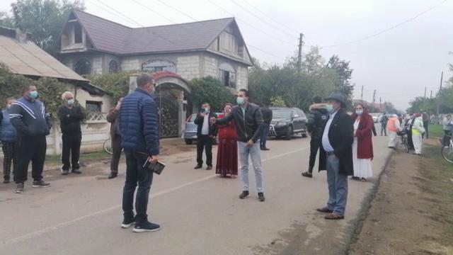 """Proteste în Ivești, unde autoritățile au anunțat prelungirea carantinei cu încă 14 zile: """"Pentru unul să tragem toți?"""""""