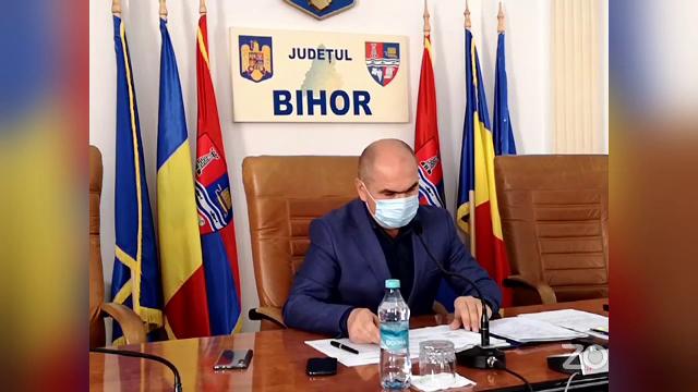 Câți bani va economisi CJ Bihor după concedierea a 50% dintre angajați