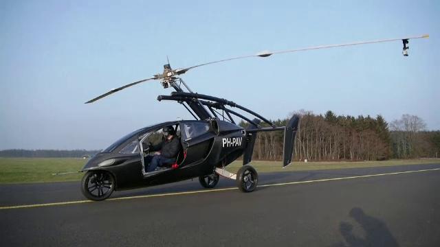 Prima mașină zburătoare va apărea curând în Europa. Cât costă și când va fi disponibilă