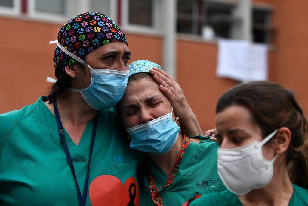 SUA au anunțat peste 2.000 de morți în ultimele 24 de ore. Mesajele zguduitoare ale medicilor