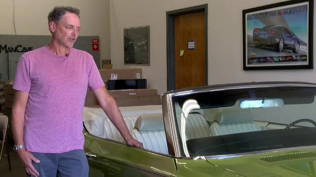 Un bărbat din SUA a reușit, după 20 de ani, să răscumpere maşina care i-a aparţinut mamei sale