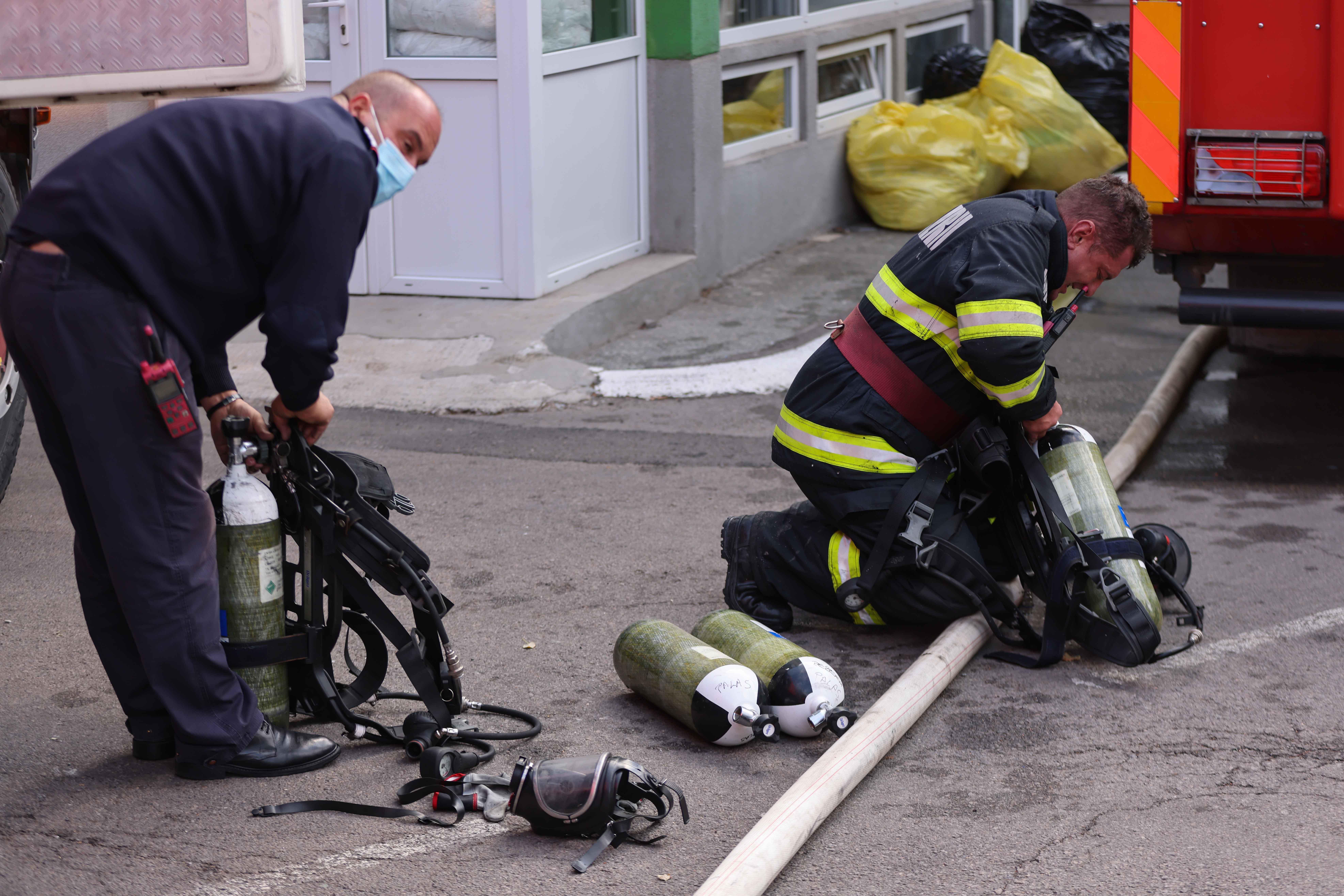 STS anunță câte apeluri au fost date în legătură cu incendiul de la Constanța