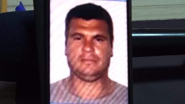 Un recidivist a ucis o femeie, pe marginea șoselei, în Oradea. Trupul ei era plin de tăieturi