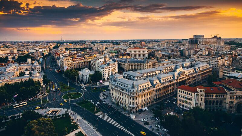 Restricții în București, din 3 octombrie: Program redus la magazine, carantină de noapte în weekend