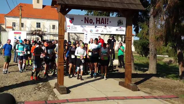 Semimaratonul Mocăniței. 150 de persoane au alergat pentru promovarea obiectivelor turistice din Bistrița-Năsăud