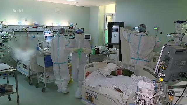 Situaţia devine dramatică și în spitalele din Iaşi. Medicii fac triajul direct în ambulanțe, în parcări