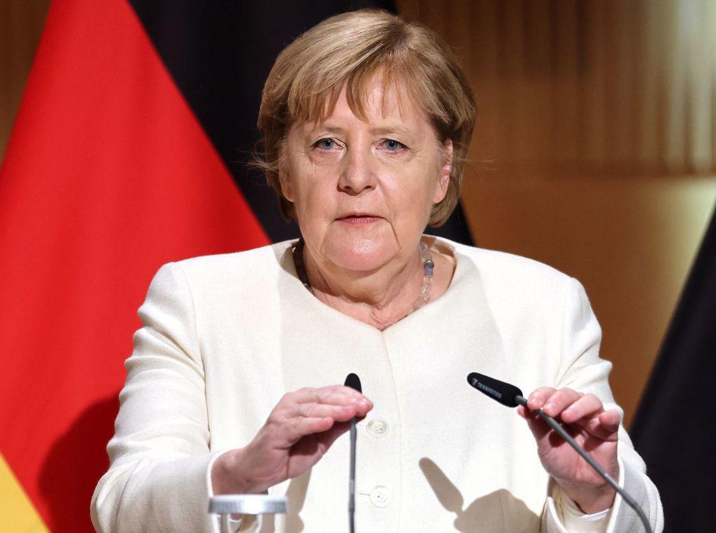 Angela Merkel, vizibil emoționată la probabil ultimul discurs înainte de a se retrage din funcţia de cancelar