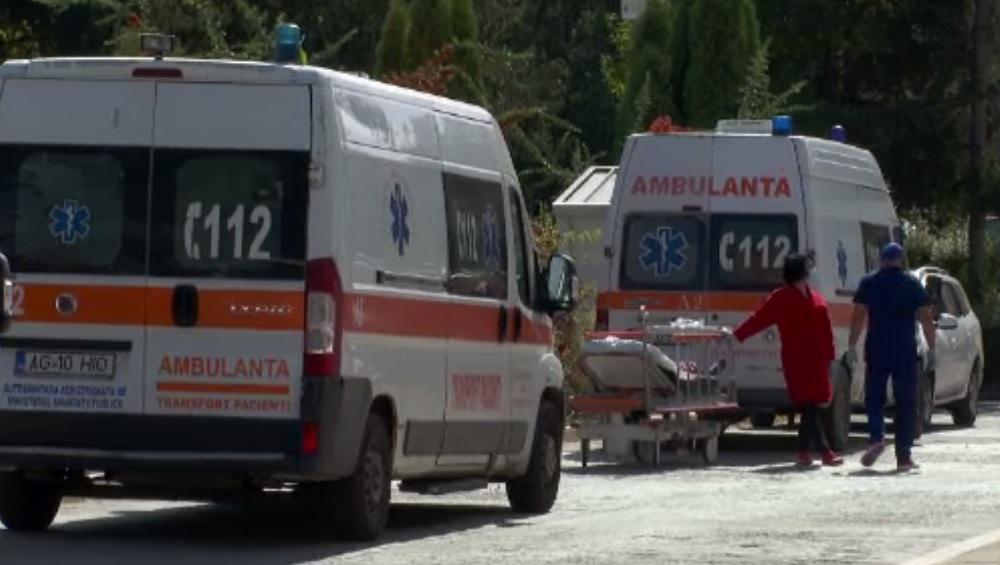 Covid-19 face prăpăd în România. Numărul persoanelor care cer intervenția ambulanțelor a crescut alarmant