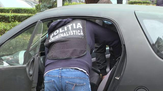 Un bărbat, găsit împușcat în mașina sa, în fața Spitalului din Târgu Jiu. Ce a scris în mesajul de adio