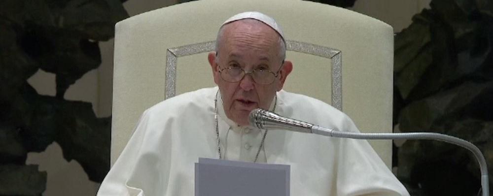 Papa Francisc, despre abuzurile sexuale comise de preoții din Franța asupra copiilor: