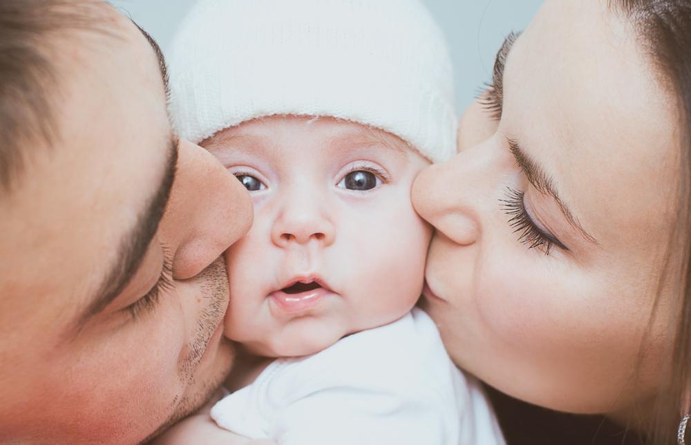 Părinţii vor putea să declare naşterea copilului şi să ceară alocaţia de stat printr-un singur drum, într-un singur dosar