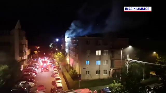 Un bărbat a murit după ce garsoniera în care locuia a luat foc. Incendiul ar fi pornit de la o țigară