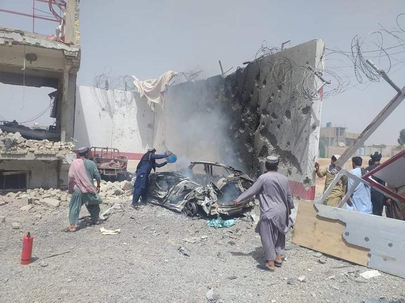 VIDEO Explozie într-o moschee din Afganistan. Cel puțin 50 persoane au murit, iar 140 sunt rănite