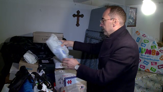 Un preot din Constanța organizează o campanie umanitară pentru copiii sărmani din satele sărace