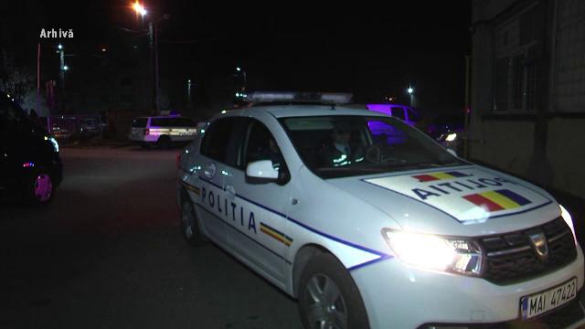 Scene șocante în fața unui club de manele din Brașov. Un tânăr, trântit la pământ și lovit de mai multe ori în cap