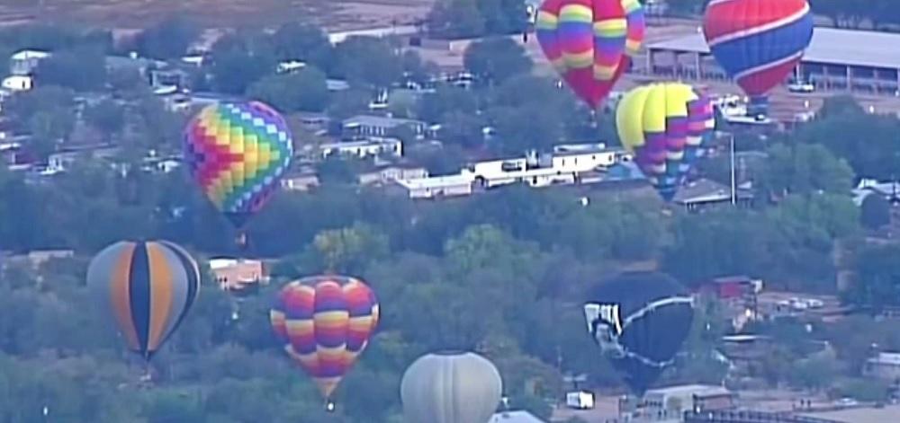 Pană de curent în New Mexico, după ce două baloane au lovit liniile de înaltă tensiune