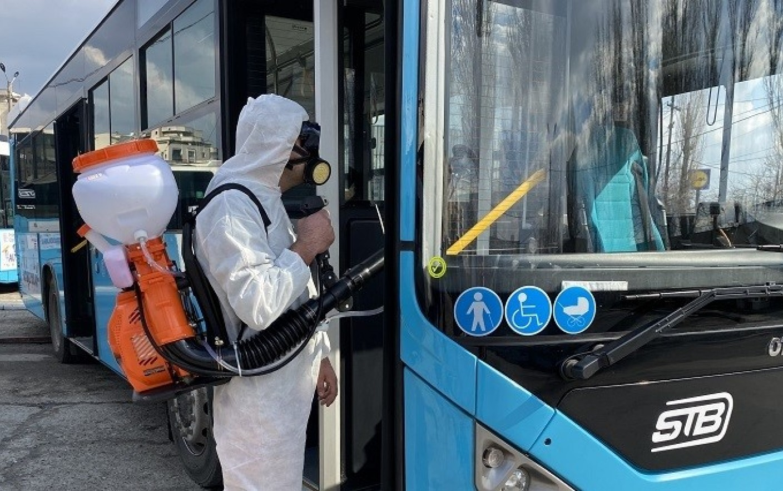 Prefectul Capitalei: Program de lucru în ture, suplimentarea transportului public, intensificarea controalelor în pieţe