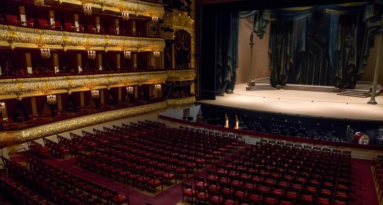 Accident mortal la Teatrul Bolșoi din Moscova. Un artist a fost strivit de decor, sub ochii spectatorilor