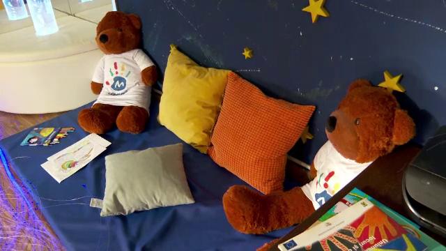 Camera senzorială de la Casa Magic, locul fermecat care îi face pe copiii bolnavi din Iași să uite de spital