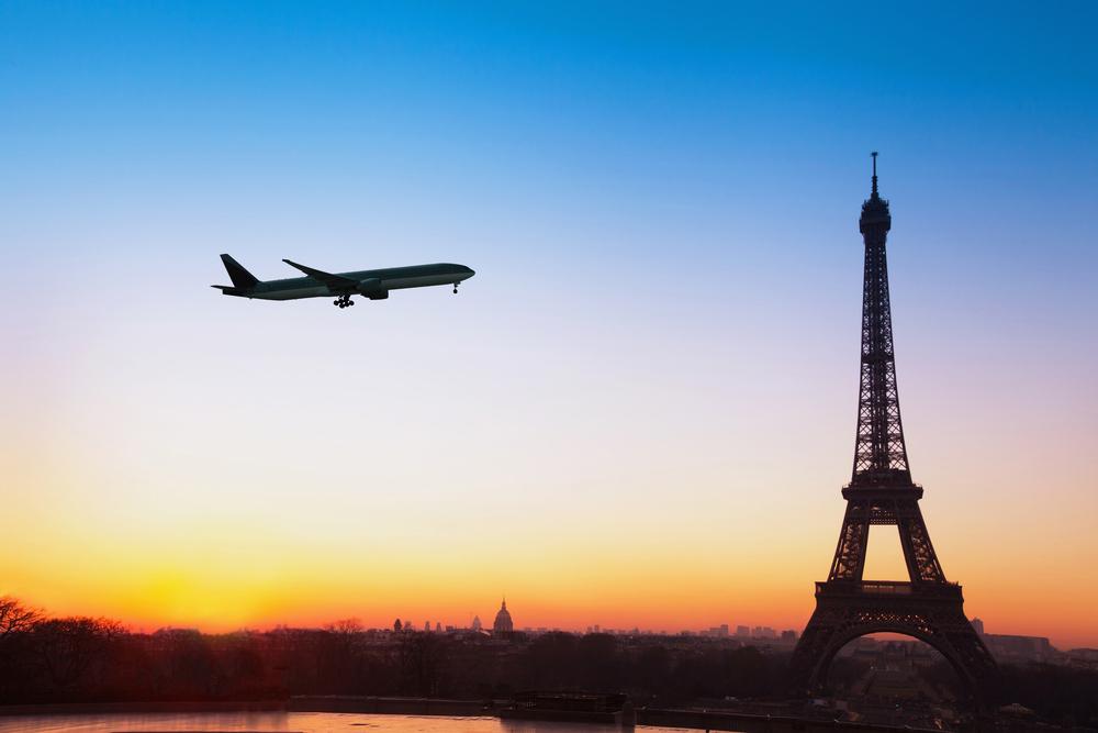 MAE: Pentru intrarea în Franța, testul COVID trebuie efectuat cu maximum 24 de ore înainte de plecare