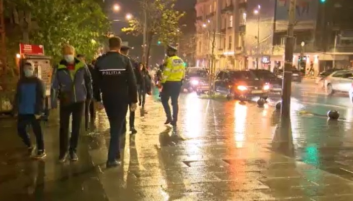 După explozia cazurilor de Covid, poliția a ieșit pe străzi și face controale, inclusiv în Capitală