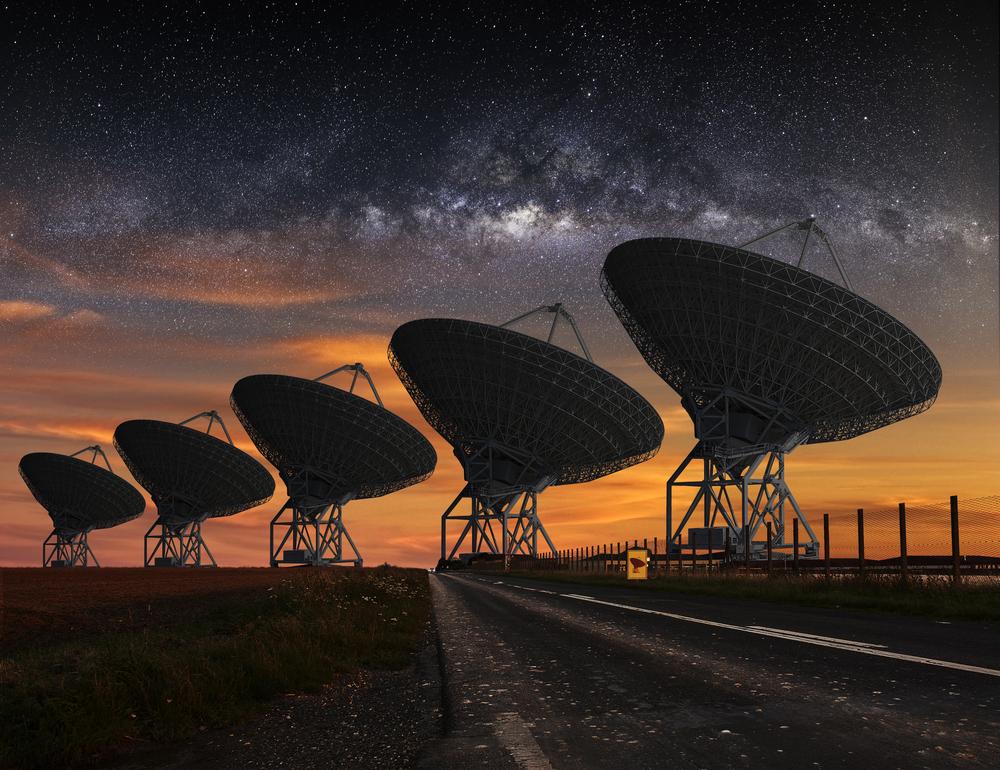 Obiect cosmic misterios observat cu un radiotelescop din Australia. Emite semnale energetice la întâmplare