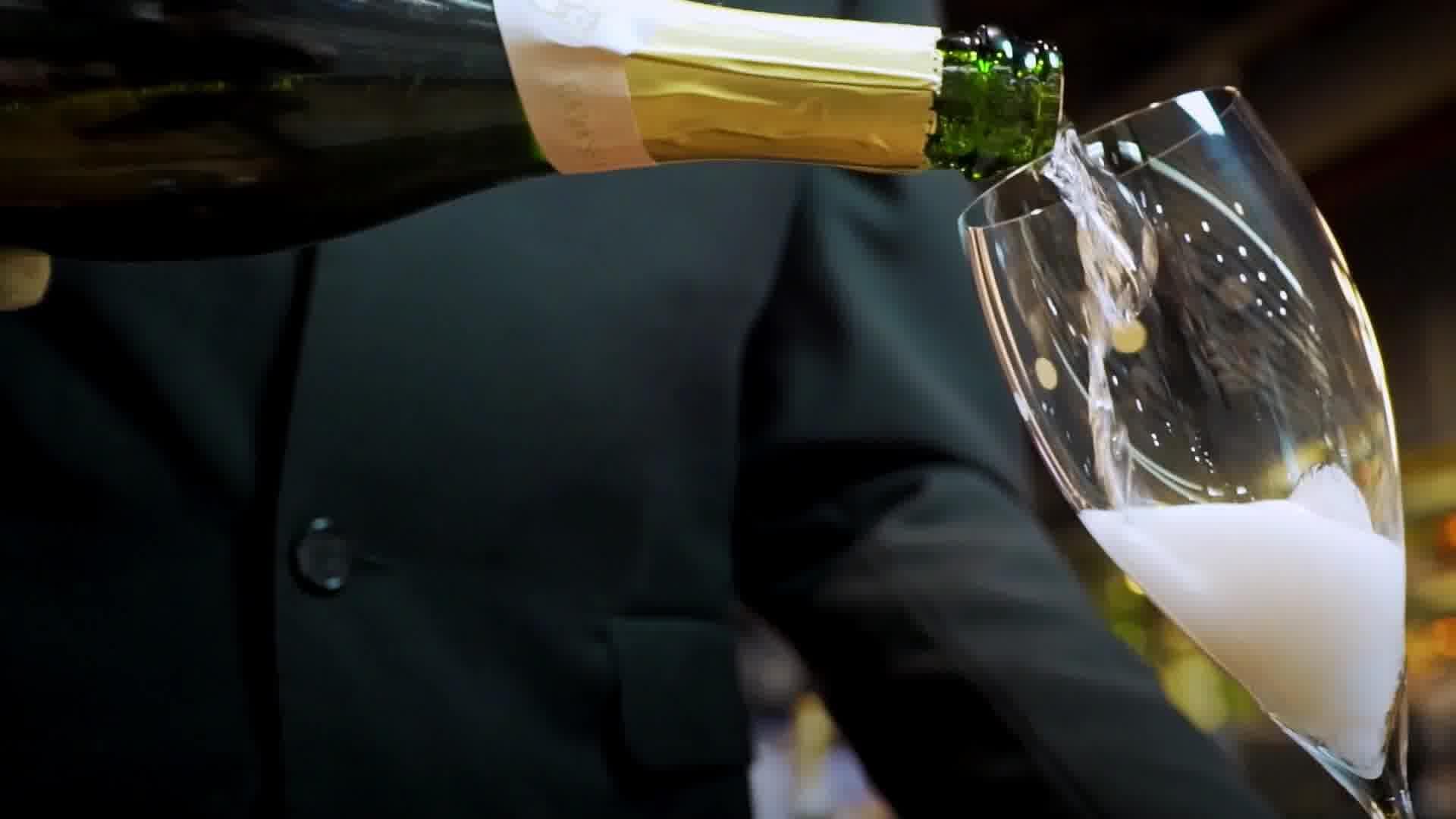România, te iubesc! Vinul românesc are un potențial uriaș, de multe ori ignorat
