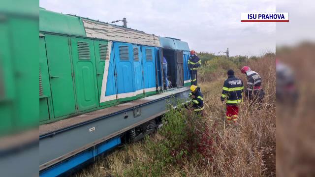 Incendiu în județul Prahova. Locomotiva unui tren de marfă s-a aprins pe câmp