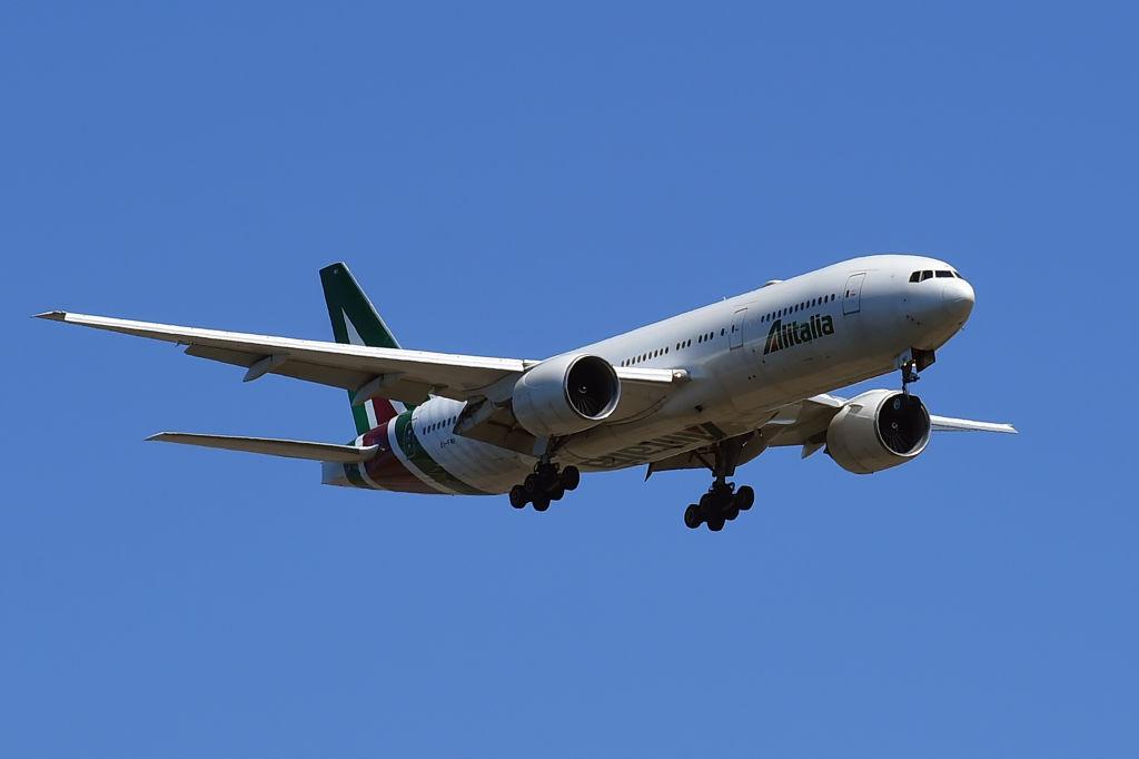 Alitalia a efectuat ultimul zbor. Compania s-a desființat după 75 de ani de activitate