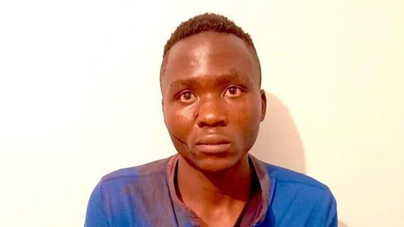 """""""Vampirul din Kenya"""", care spunea că i-a făcut """"multă plăcere"""" să omoare 10 copii, a fost linşat de mulţime după ce a evadat"""