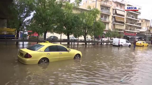 Ciclonul care a adus valul ploi în România face ravagii în Balcani și în zona Mediteranei