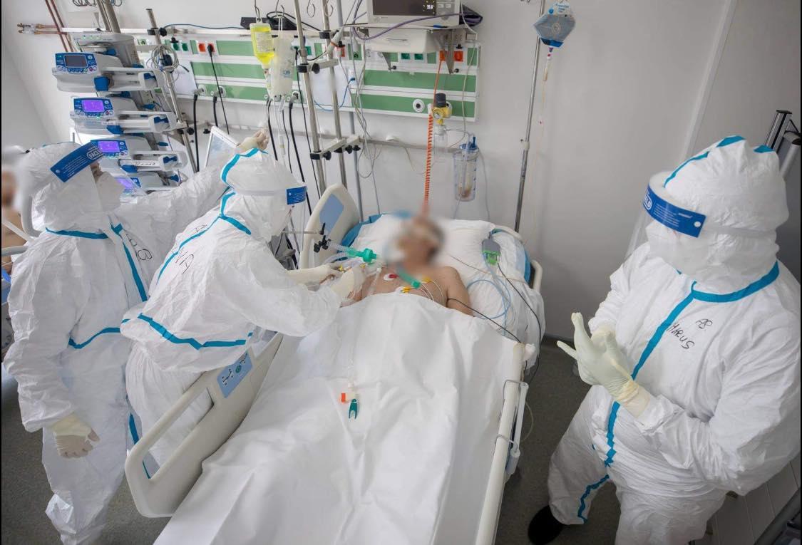Un medic atrage atenția: Covid nu are leac propriu-zis. Nu contați pe tratamente. Vaccinați-vă!