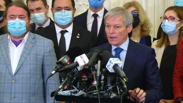 """Cioloș, după ce a picat la vot în Parlament: """"Sunt politicieni rupți de realitate"""""""