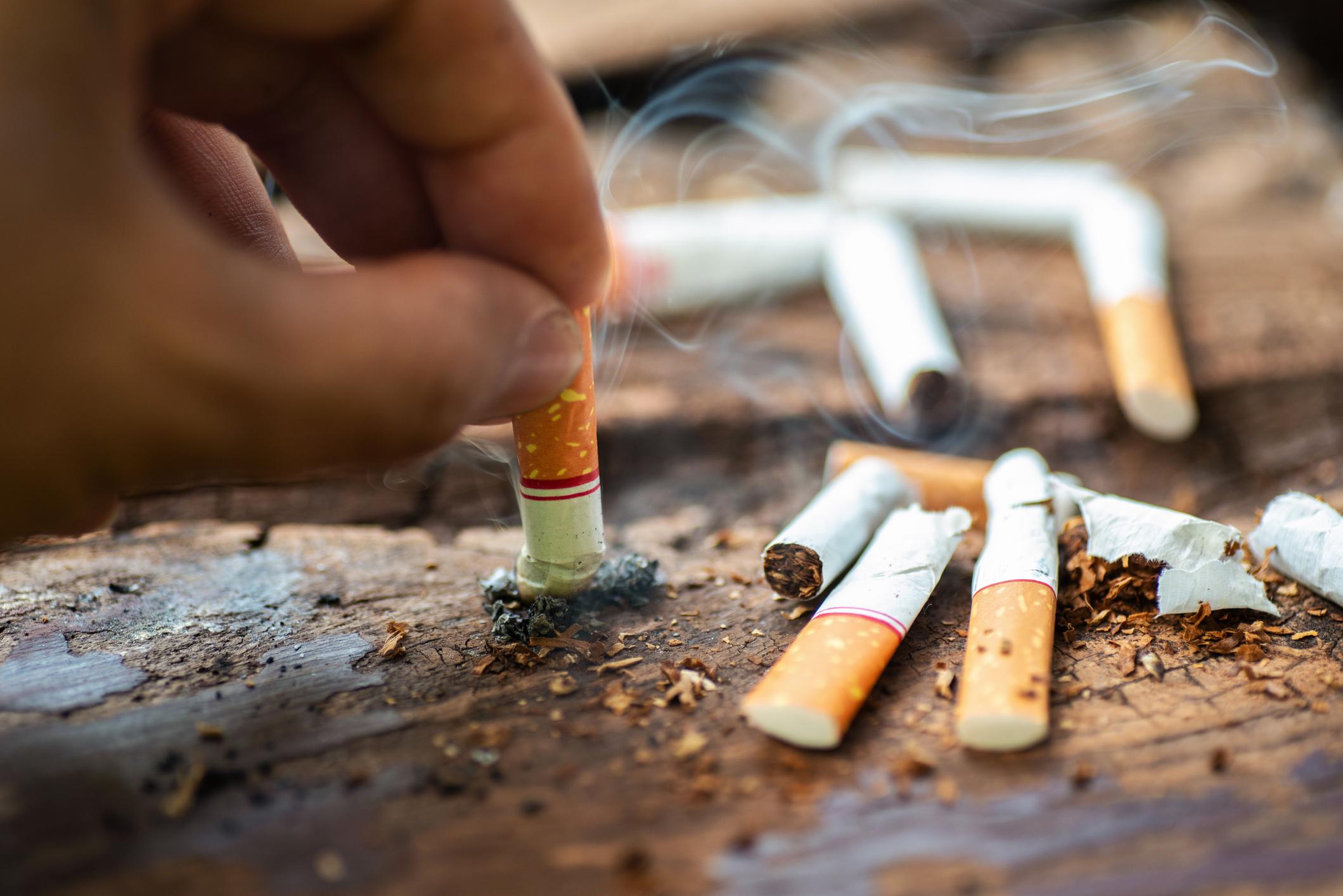 Vrei să renunți la fumat? Psihologii susțin că nu voința este cheia