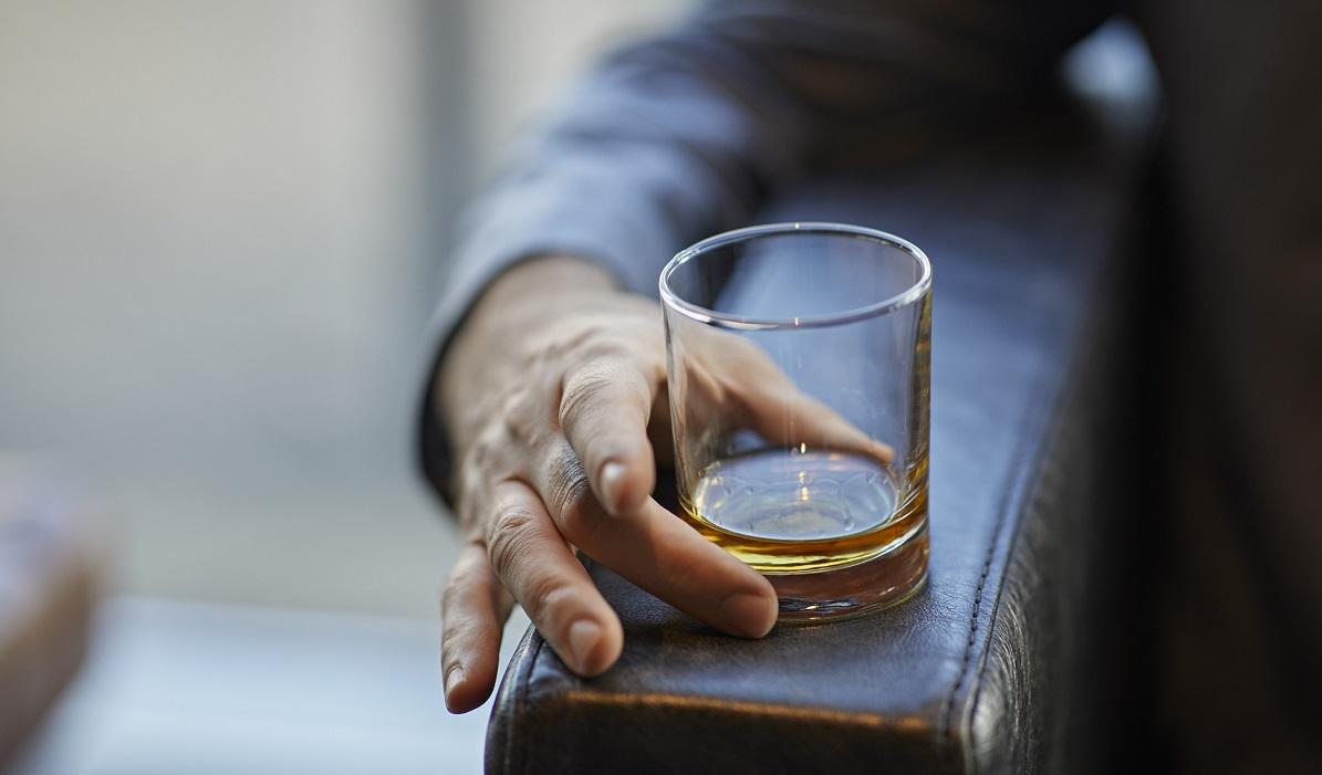 Cum scapi de dependența de alcool?