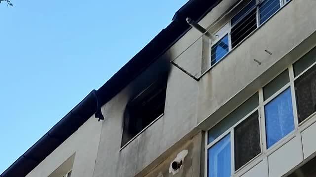 În ce stare este adolescenta din Tulcea care a sărit de la etajul 4, de groază să nu ardă de vie