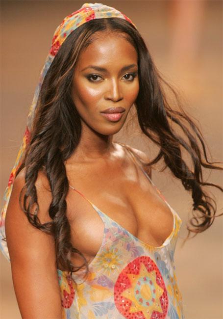 Iar se marita Naomi Campbell cu milionarul rus?