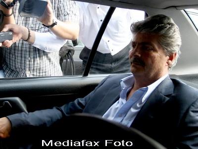 Revista presei: Firele lui Vintu, intinse peste Romania