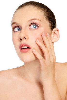 Plasturele electric te scapa de acnee. In 2 ani va fi disponibil pe piata!