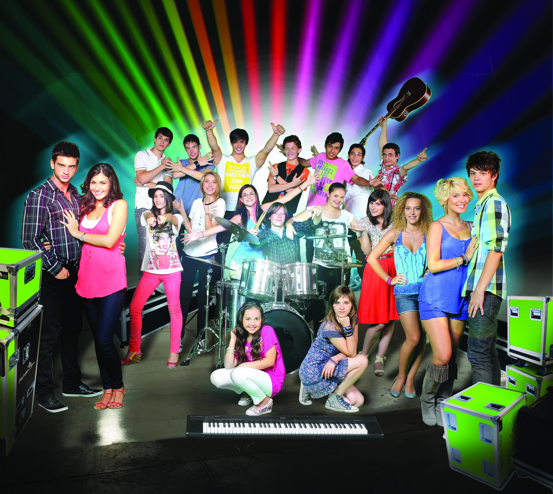 Trupa LaLa Band si-a lansat in direct, la Pro FM, cel mai nou single