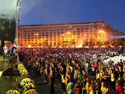 Intre 16 si 18 septembrie sarbatorim Bucurestiul: concerte de folk, muzica clasica si echitatie