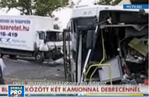 Sofer roman, pericol public. A bagat in spital 27 de oameni, dupa ce a lovit un autocar in Ungaria