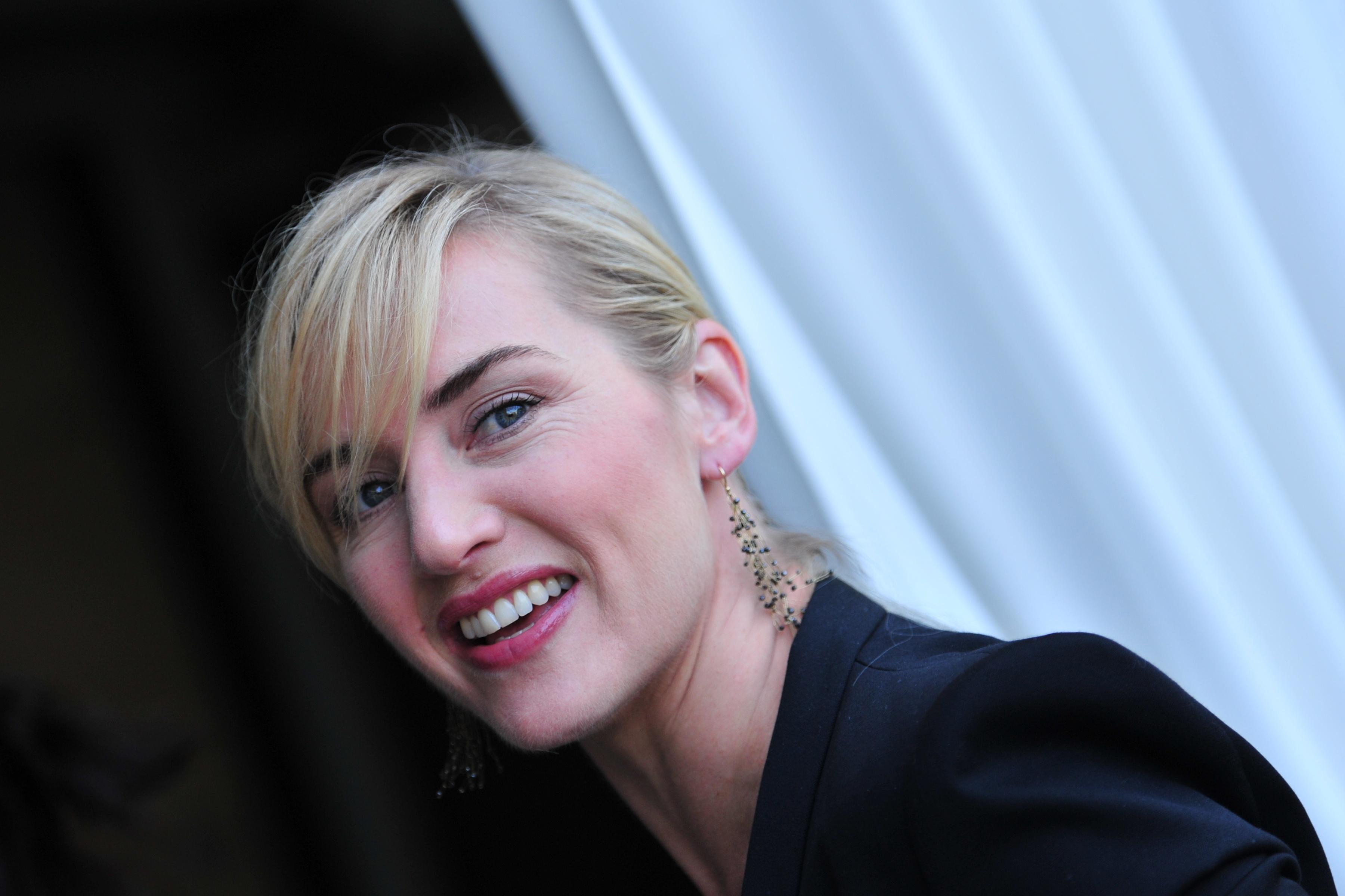 Kate Winslet: Cantecul lui Celine Dion din