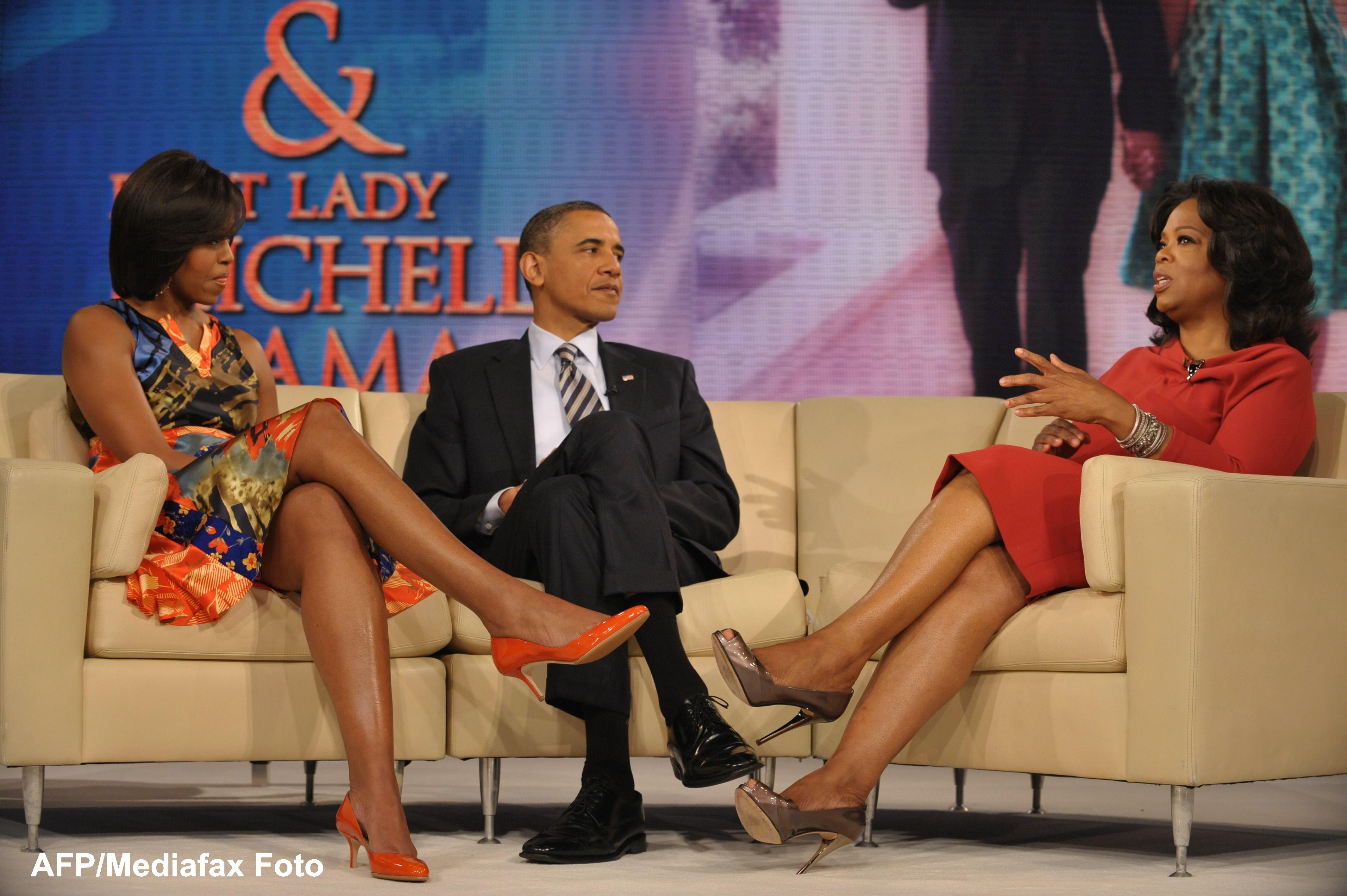 Alegeri in SUA. Mitt Romney l-a avut pe Clint Eastwood, Barack Obama o aduce pe Oprah Winfrey