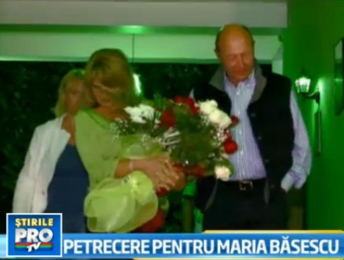 Maria Basescu si-a sarbatorit ziua onomastica la mare. Ce surpriza i-a pregatit presedintele