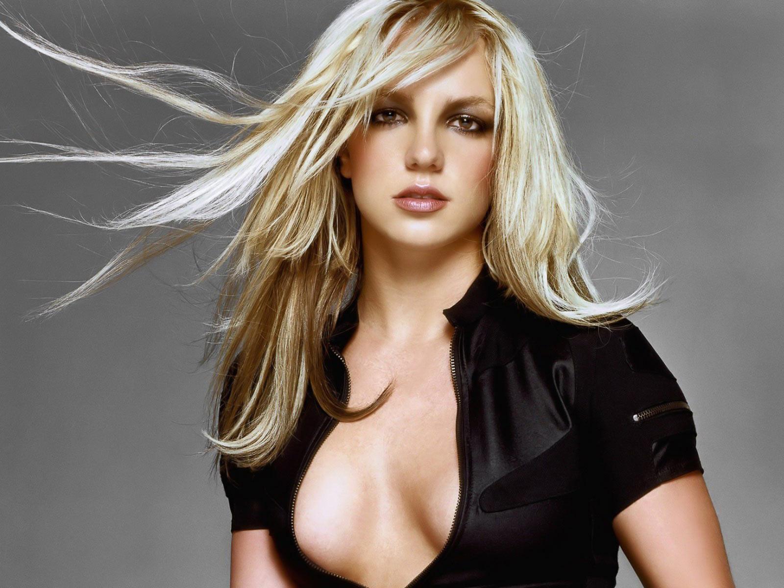 Britney Spears era dependenta de amfetamine, afirma fostul manager al cantaretei