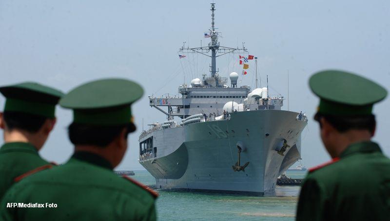 Sase nave chineze se afla in apropierea unui arhipelag controlat de Japonia, pentru