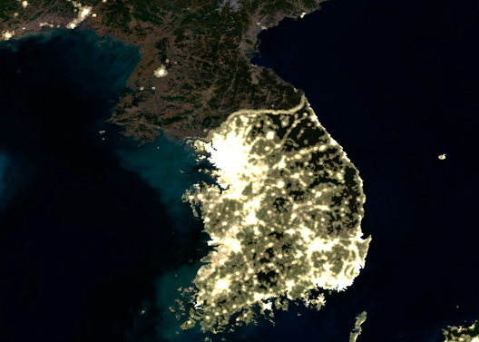 Focuri de avertizare sud-coreene impotriva unor vapoare de pescuit ale Phenianului
