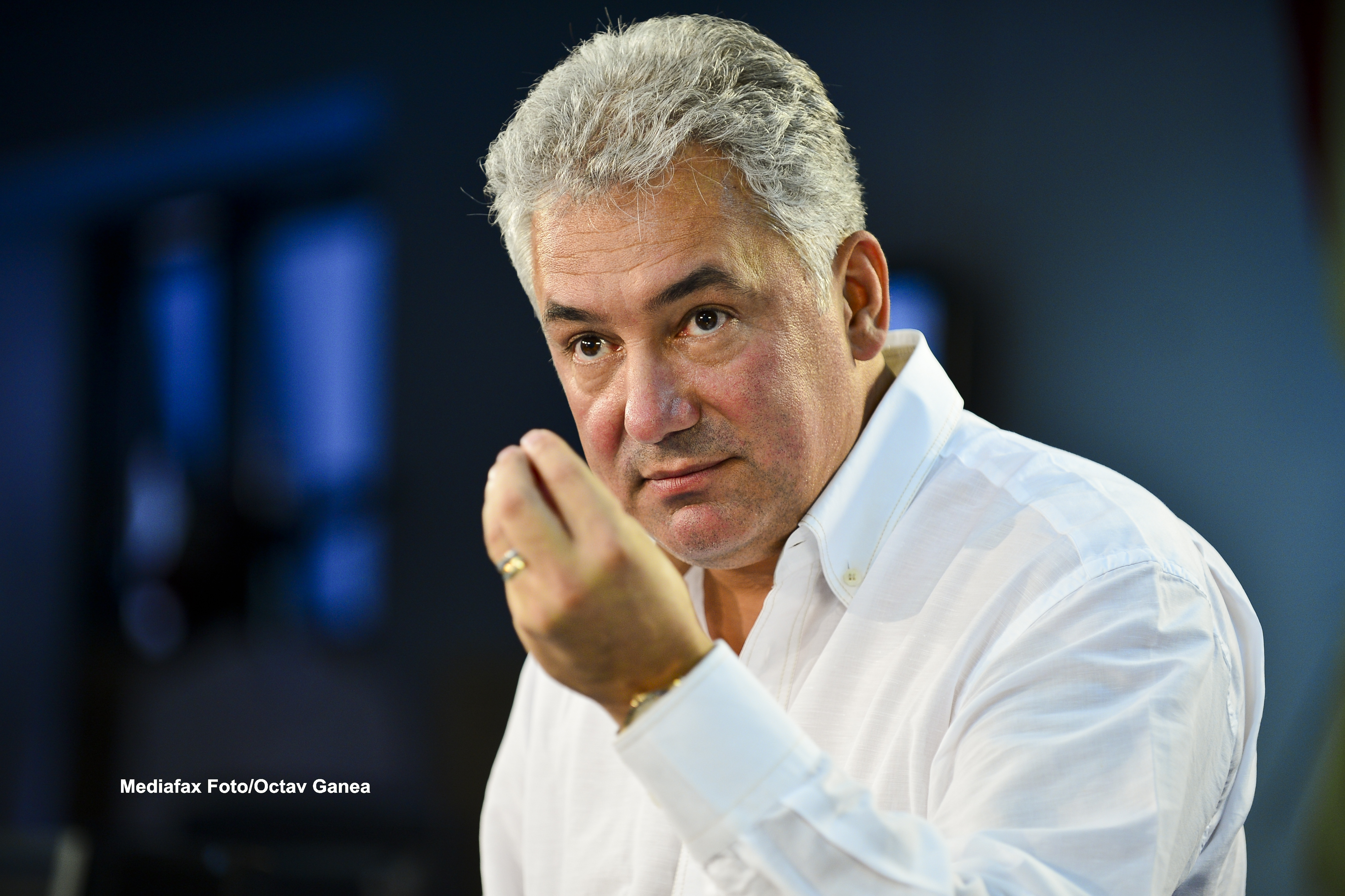 DIICOT: Adriean Videanu, urmarit penal pentru complot si subminarea economiei nationale