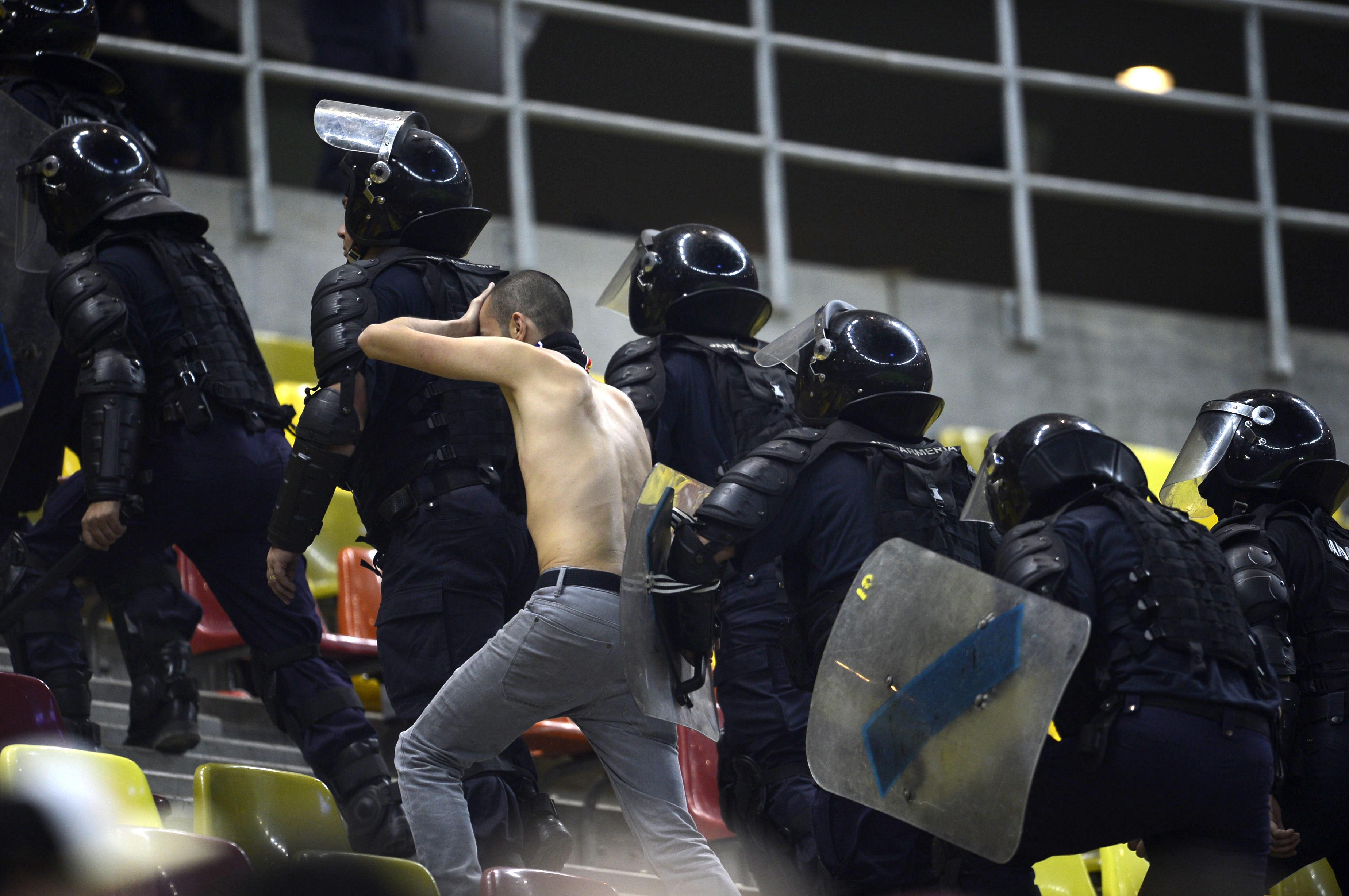 ROMANIA - TURCIA. Peste 900 de jandarmi vor asigura masurile de ordine la meci